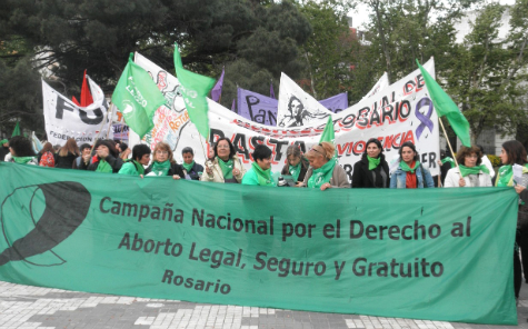 Insgenar aborto no punible