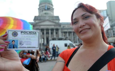 Movilización en el Congreso por la Ley de Identidad de Género